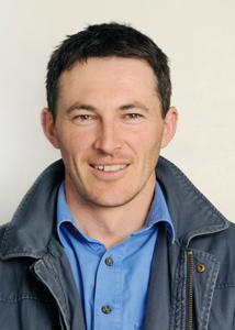 Dr Nigel McMahon